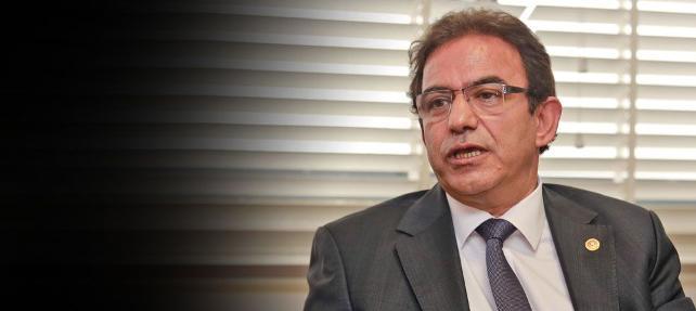 Çavuşoğlu'nun  'Hayır'cılar kızlarımızın başörtüsünü zorla çıkarmışlar' iddiasına CHP'den sert tepki
