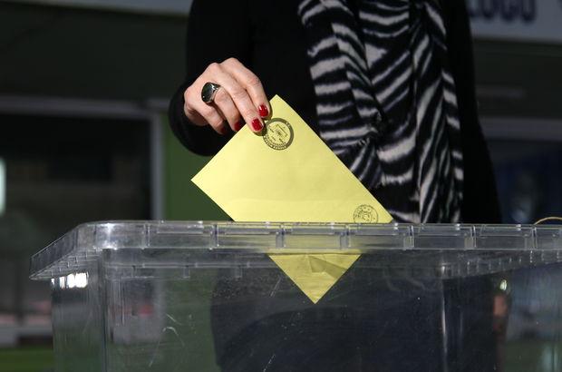 Gümrük kapılarında referandum için oy verme işlemi başladı