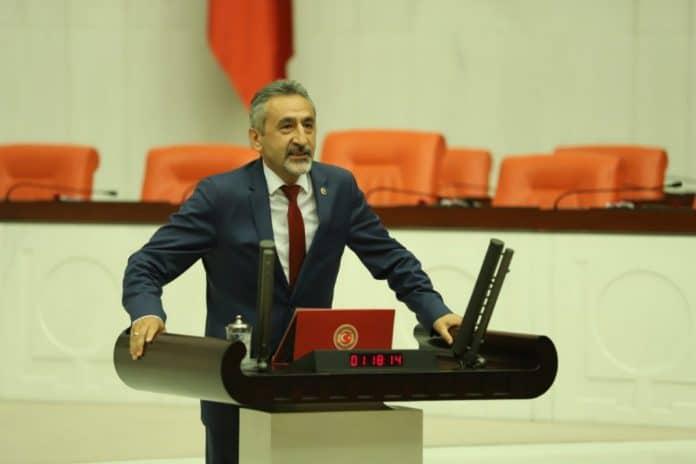 """""""İLKÜVEZ'DEKİ SU İNSAN SAĞLIĞINA ZARARLI"""""""